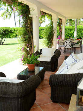 Relax on the terrace at La Calma - Estepona beach front holiday villa for rent
