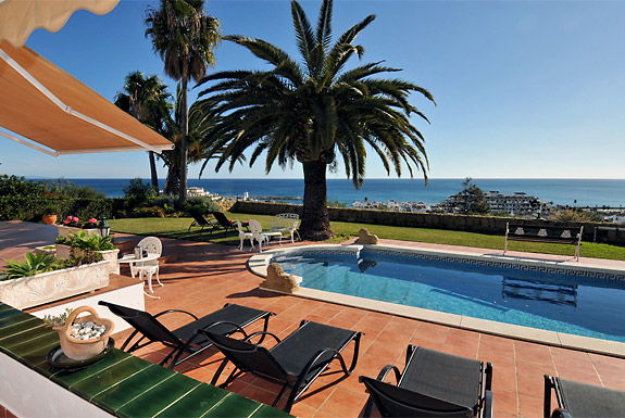 Casa Cuig perfect for a car free holiday in Duquesa, Costa del Sol