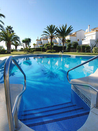 Lobon Beach A Holiday Property To Rent In Estepona