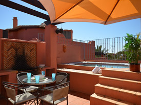 The perfect place to relax at Menara Beach, Estepona