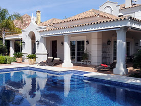 Villa Miren has a large pool with roman type steps, Marbella, Costa del Sol